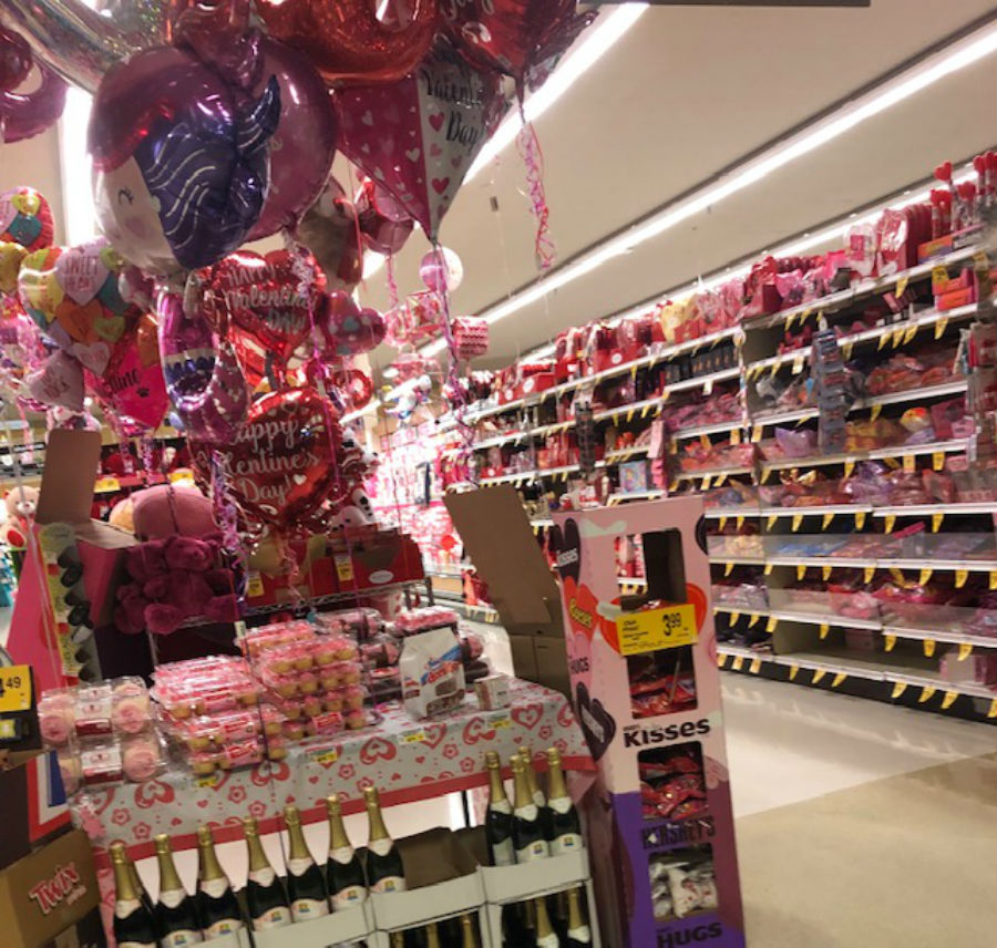 Celebrating Valentine´s Day – Cougar Chronicle