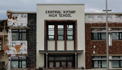 Front entrance to the original Central Kitsap High School building, now partly demolished (03/10/2020)